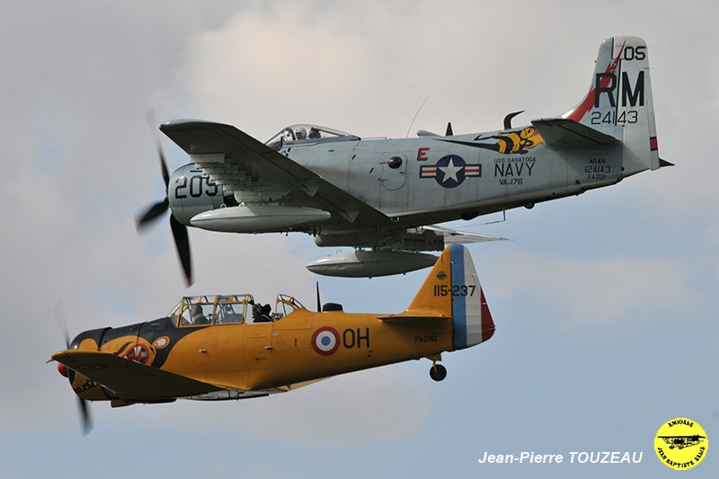 Vol photo Skyraider - AJBS