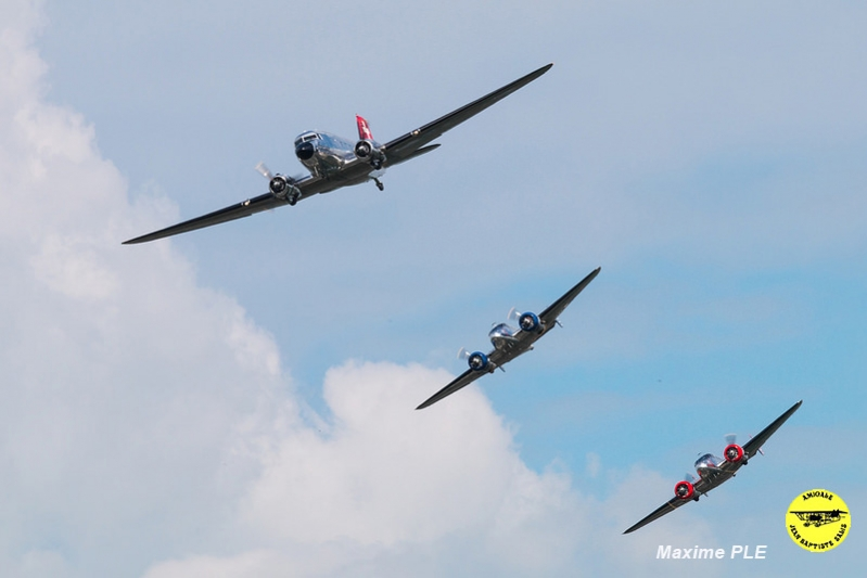 Classic formation (DC-3, Beach 18)