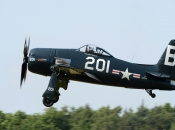 bearcat-stephen-grey_02