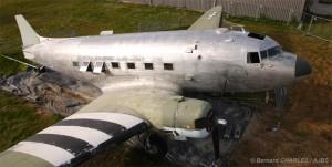 Décapage du fuselage du DC-3